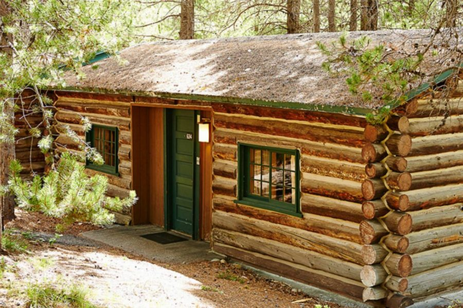 Cabin Lodge Yellowstone N.P.